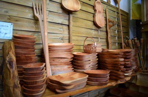 fa konyhai tálak és kiegészítők
