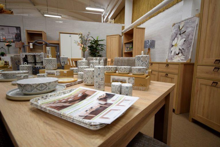 Fa-Centrum lakásdekoráció és bútorok