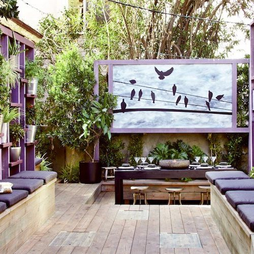 lila színű terasz dekor